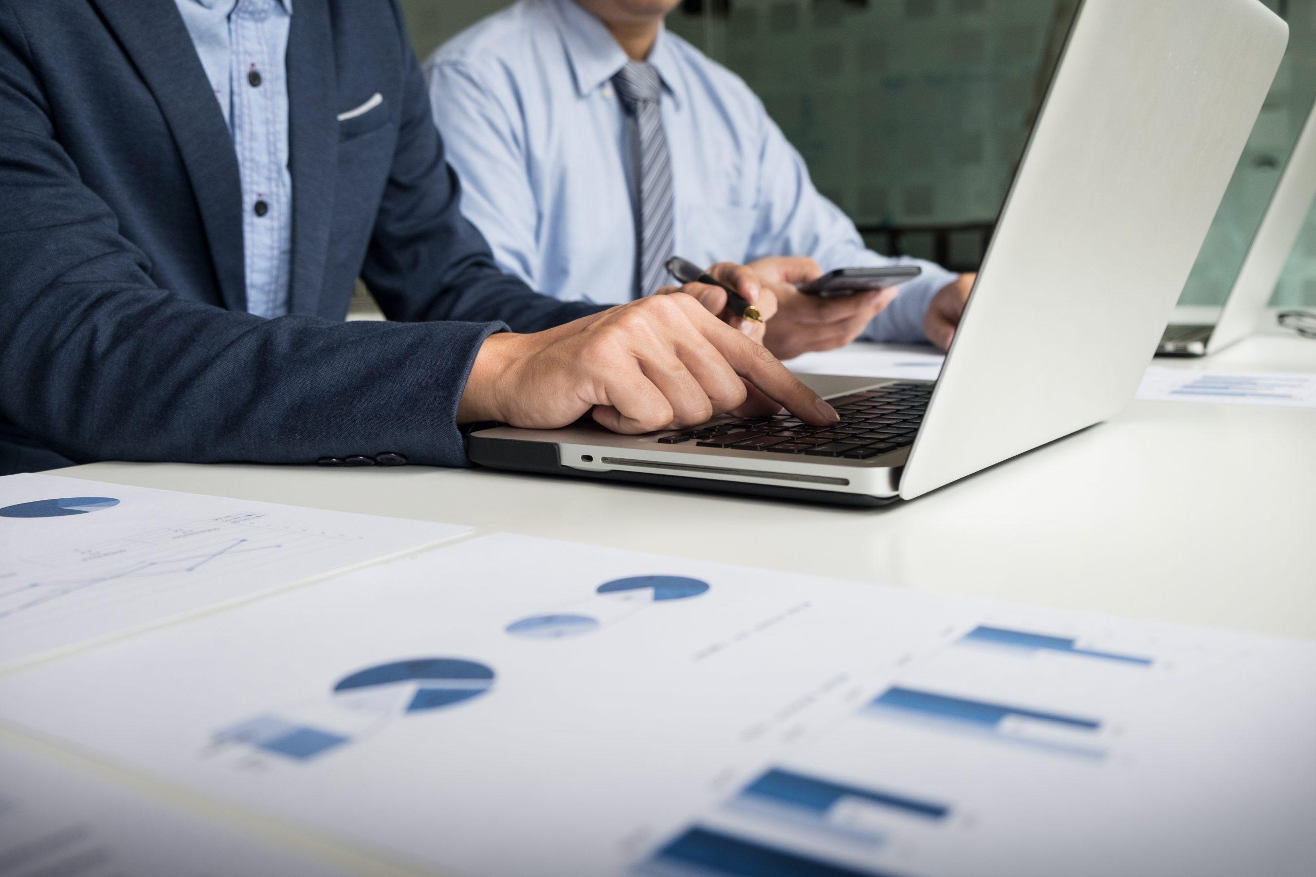 Tăng tốc quá trình chuyển đối số của doanh nghiệp theo thời gian